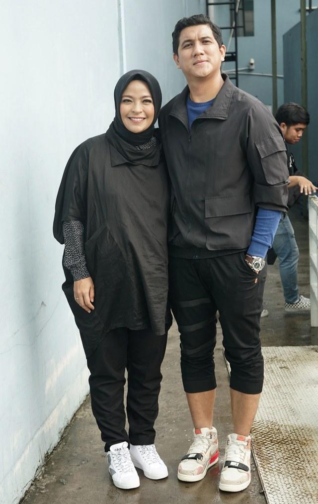 PTR, Tantri Kotak bersama suami Arda