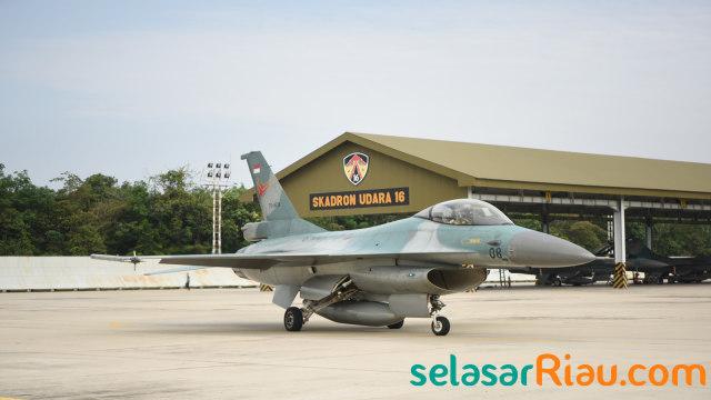 TNI AU Kirim 4 Pesawat F-16 ke Natuna (83006)