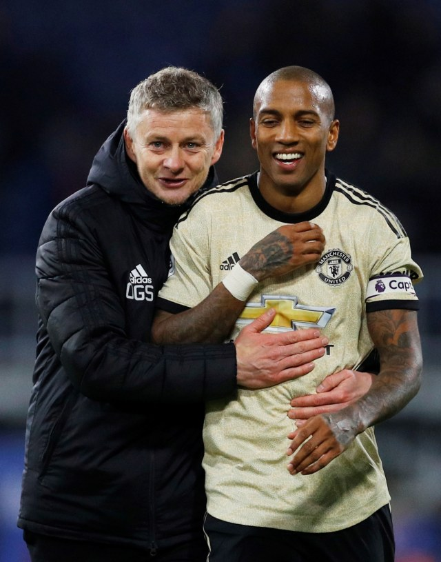 Ashley Young Berniat Meneruskan Jejak Paul Ince di Inter Milan (24737)
