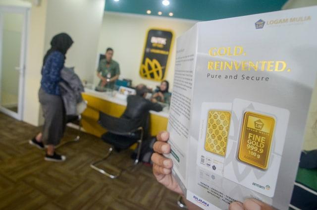Harga Emas Antam Hari Ini Turun Rp 8.000 Per Gram (104123)