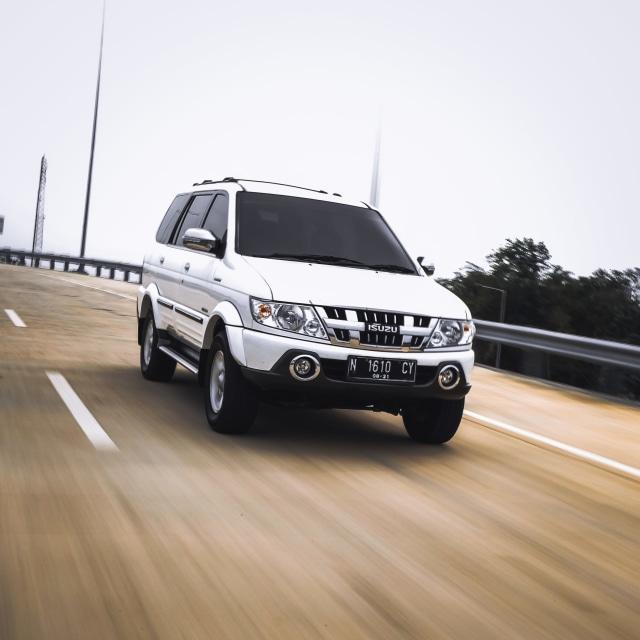 Menakar Lawan Sepadan Toyota Kijang Innova Terbaru, Siapa Saja? (335294)
