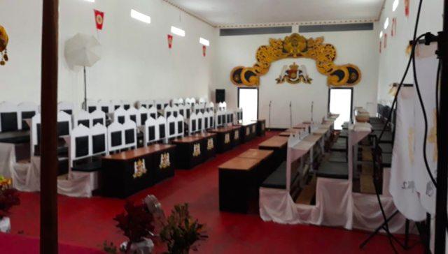 Warga Purworejo, Jateng, Digegerkan dengan Kehadiran Kerajaan Baru (414059)