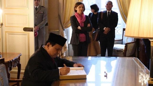 Belum Genap 3 Bulan Jabat Menhan, Prabowo Sudah Melawat ke 7 Negara (39701)