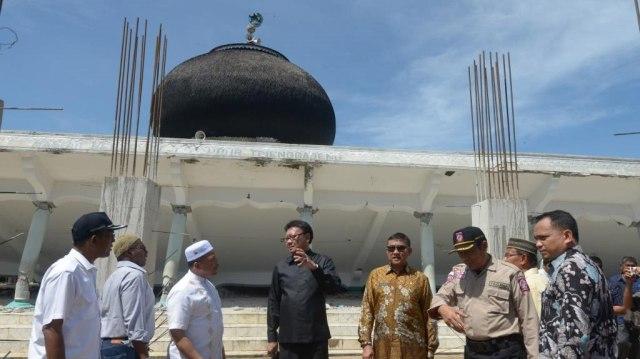 PLt Gubernur dan Mendagri Tinjau Korban Gempa Pidie Jaya 5.jpg