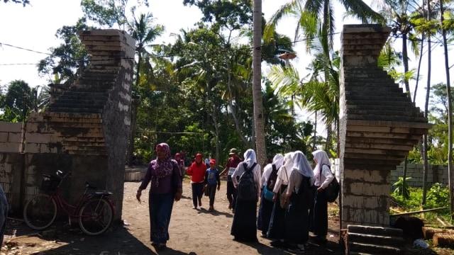 Mengunjungi Istana Keraton Agung Sejagat di Purworejo (113235)