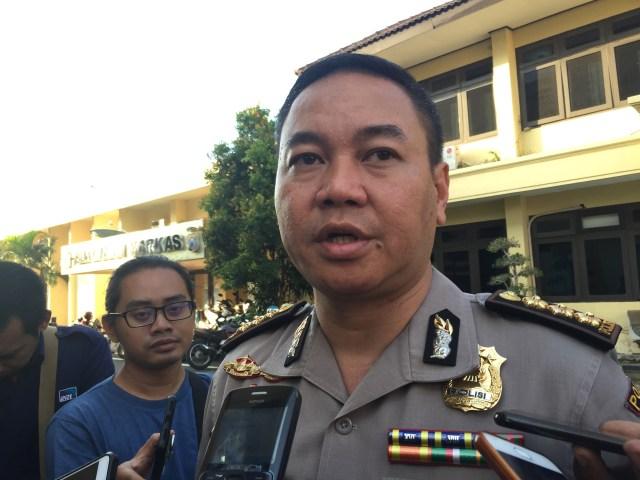 Polisi Tangkap 'Gilang Bungkus' Kain Jarik (66215)
