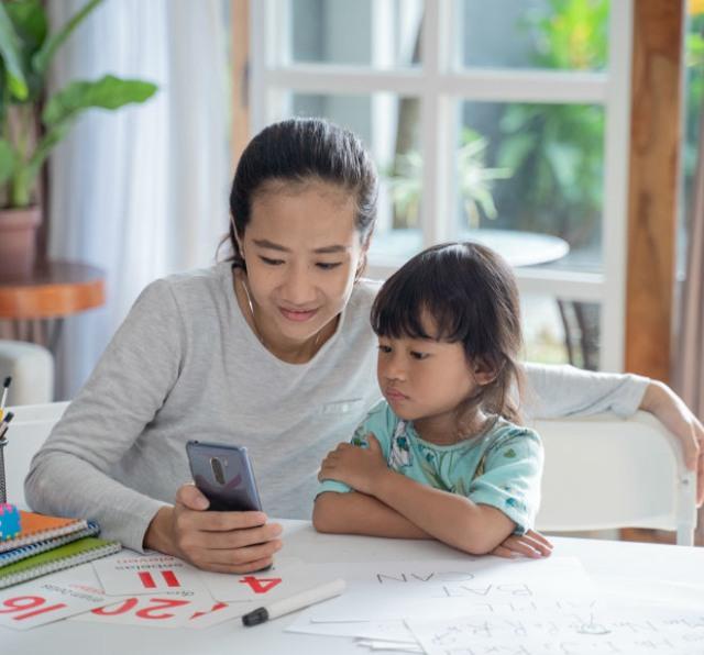 Daftar Podcast Dongeng Anak yang Bisa Didengarkan Bersama Keluarga (1075628)
