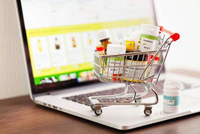 Produk di toko online kesehatan