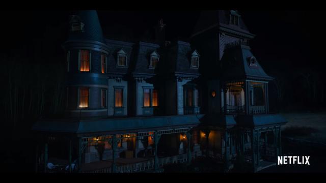 Teror di Rumah Berhantu dalam Serial Netflix 'Locke & Key' (12388)