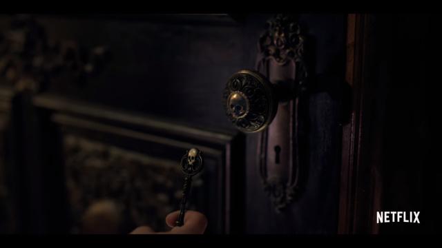 Teror di Rumah Berhantu dalam Serial Netflix 'Locke & Key' (12389)