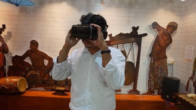 Kolaborasi Cerita Rakyat dan VR (Virtual Reality)  (42060)