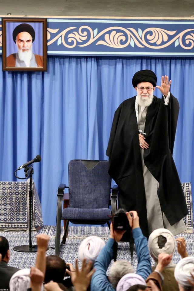 Penasihat Ayatullah Khamenei Meninggal karena Virus Corona (92433)