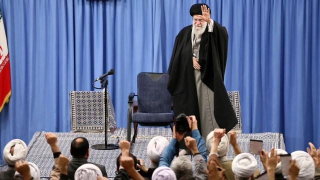Khamenei: Musuh Iran Gembira dengan Kecelakaan Pesawat Ukraina (98752)