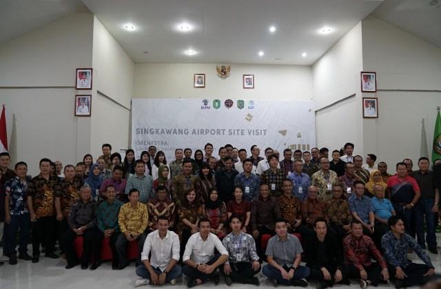 Jusin Clasic Diminta Dampingi Calon Investor Bandara Singkawang (38239)
