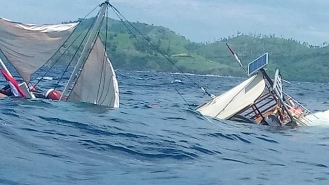 Kapal tenggelam di Labuan Bajo