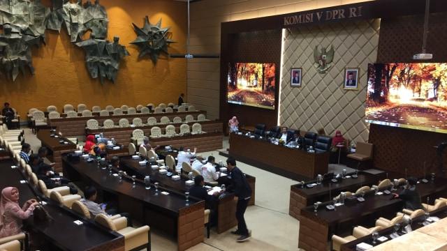 Rapat komisi V DPR RI dengan ojek online