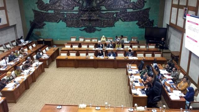 OJK Anggap Kasus Jiwasraya Perkara Kecil, DPR dan Ombudsman Bereaksi  (12206)