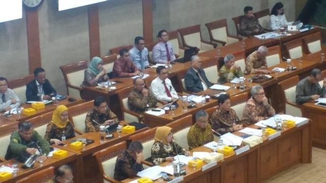 OJK Anggap Kasus Jiwasraya Perkara Kecil, DPR dan Ombudsman Bereaksi  (12207)