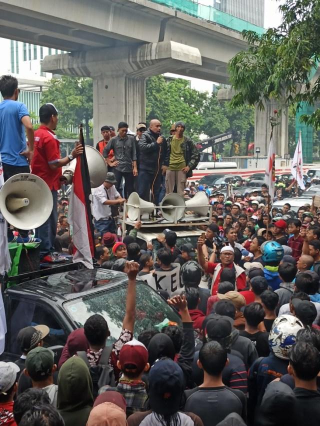 PTR, Aksi Massa Tanjung Priok di Rasuna Said