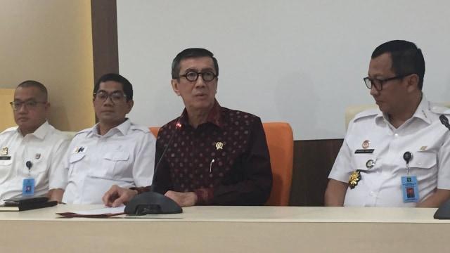 Konferensi pers Menkumham Yasonna Laoly