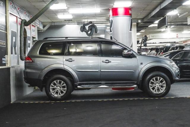 Mitsubishi Pajero Sport Bekas Tahun Muda Menggiurkan, Bisa Ditebus Rp 260 Jutaan (169197)