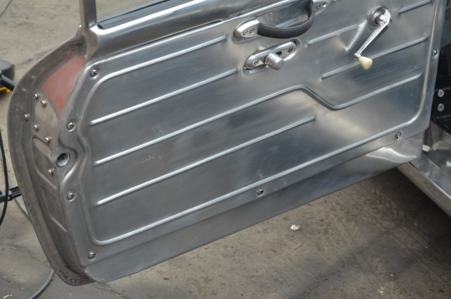 Ubah Die-Cast Jadi Replika Porsche 356b Abarth Aluminium (89639)