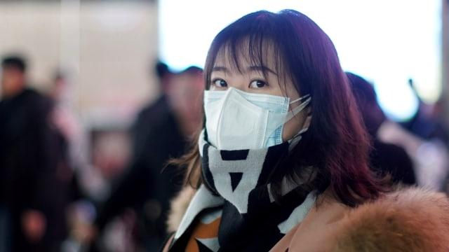China, Warga memakai masker