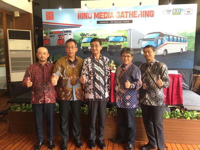 Otomotif, Hino, Media Gathering