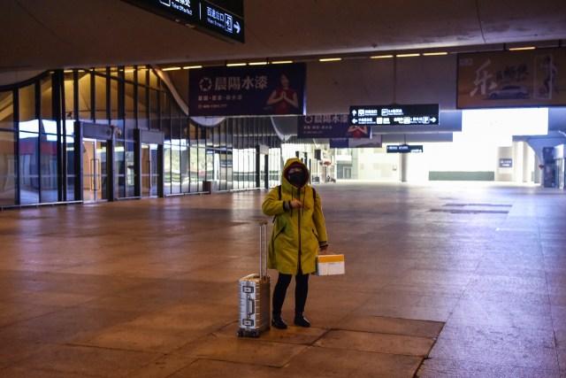 Wanita yang Diduga Kena Virus Corona Kelabui Scanner di Bandara (44443)