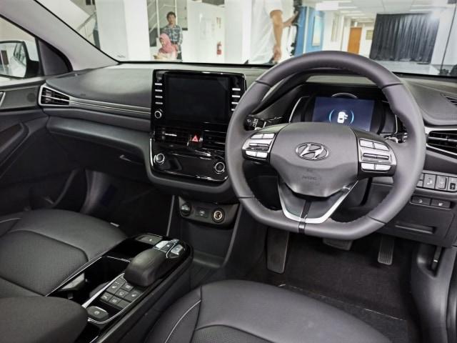 5 Harga Mobil Listrik di Indonesia, Mana yang Terjangkau? (8584)