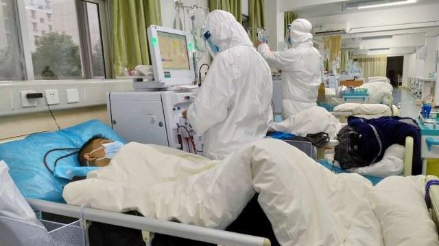 Tim Medis rumah sakit wuhan