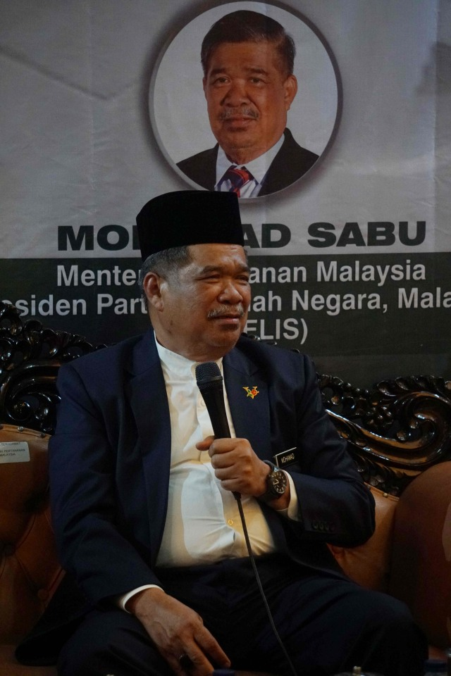 Alvin Lie: Mat Sabu Lama Tiba di RI, Dia Pakai Pesawat Baling-baling (369432)