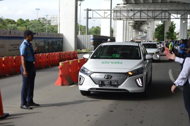 Wuling hingga Hyundai Jual Mobil Listrik, Berapa Daya yang Dibutuhkan di Rumah? (365056)
