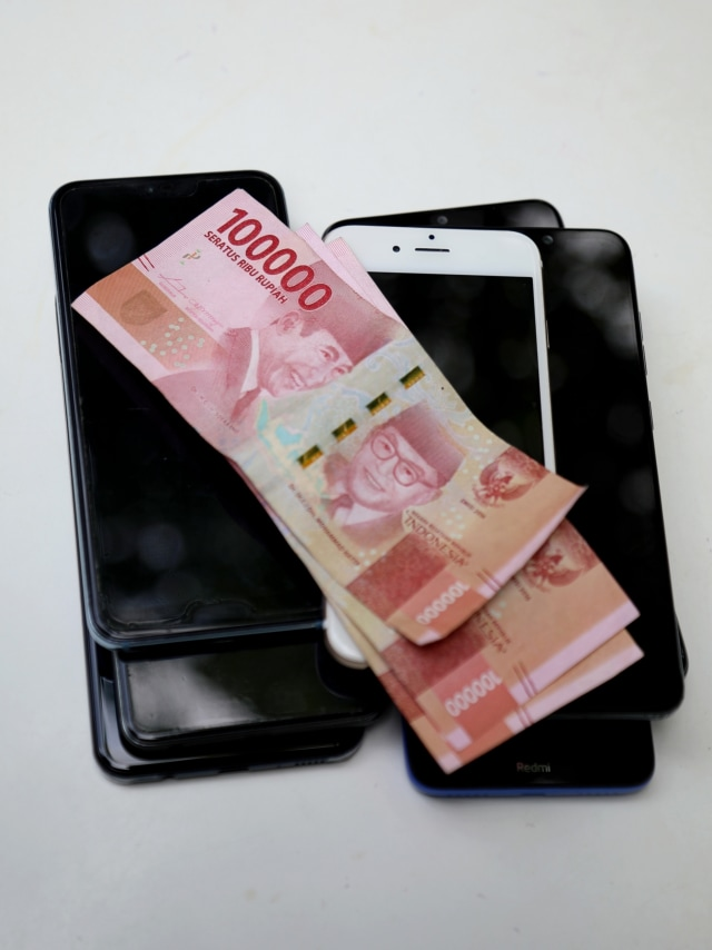 Mulai Tahun Ini, Pemerintah Bagi-bagi Pulsa Rp 200 Ribu per Bulan Buat PNS (154512)