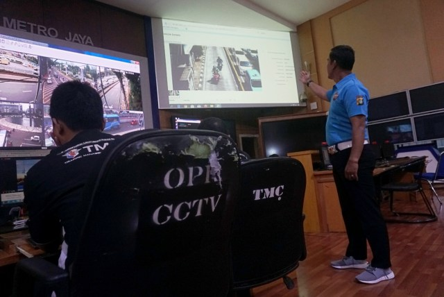 Foto: Melihat Pusat Komando ETLE yang Bidik Pemotor Bandel di Jakarta (323635)