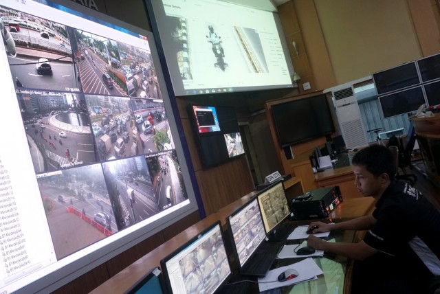 Foto: Melihat Pusat Komando ETLE yang Bidik Pemotor Bandel di Jakarta (323641)