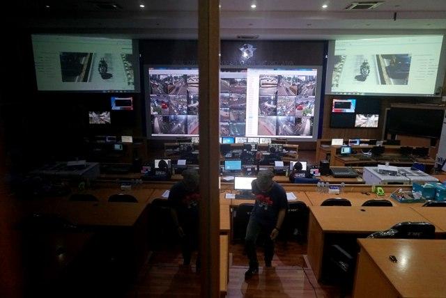 Foto: Melihat Pusat Komando ETLE yang Bidik Pemotor Bandel di Jakarta (323647)