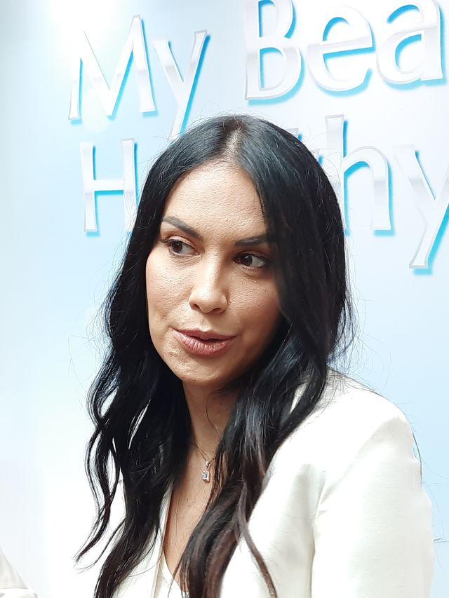 Gandeng Sophia Latjuba, Clinelle Rilis Skin Care Anti-aging (278)