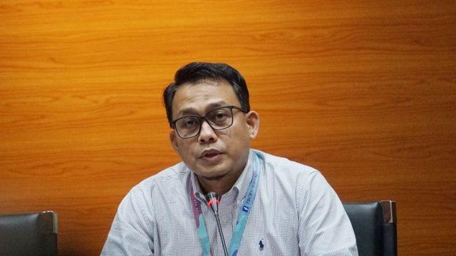MA Potong Hukuman Mantan Walkot Cilegon Jadi 4 Tahun Penjara, KPK Kecewa (241409)