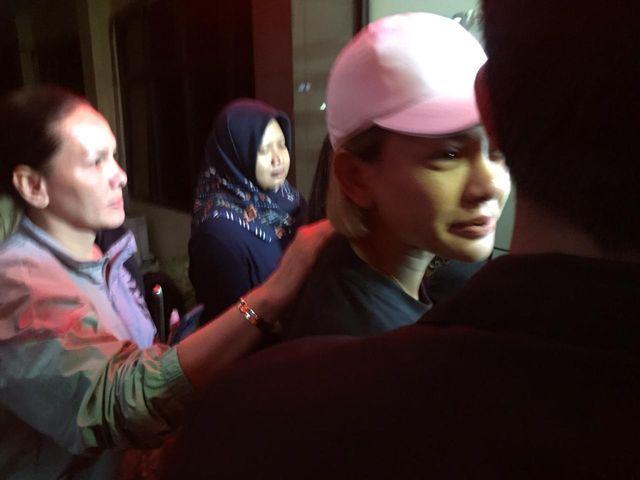 Polisi Jemput Paksa Nikita Mirzani Terkait Kasus Penganiayaan  (356706)