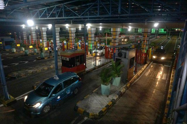 Menteri Basuki Kaget Tarif Tol Dalam Kota Naik Mendadak