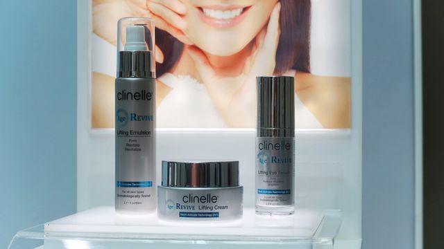 Gandeng Sophia Latjuba, Clinelle Rilis Skin Care Anti-aging (276)