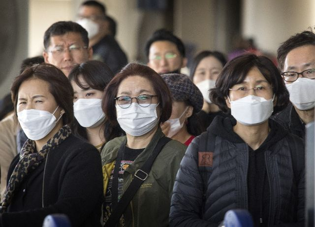 Turis China waspadai virus corona