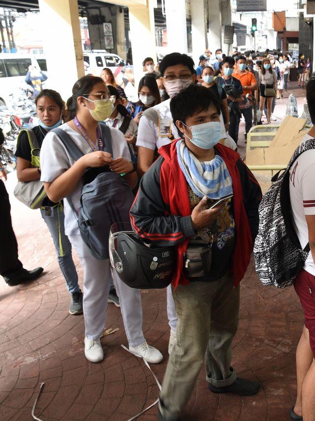 Virus Corona Meluas, Manila Lockdown