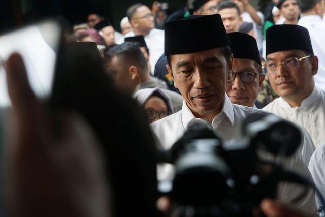 Presiden Joko Widodo rumah duka Gus Sholah