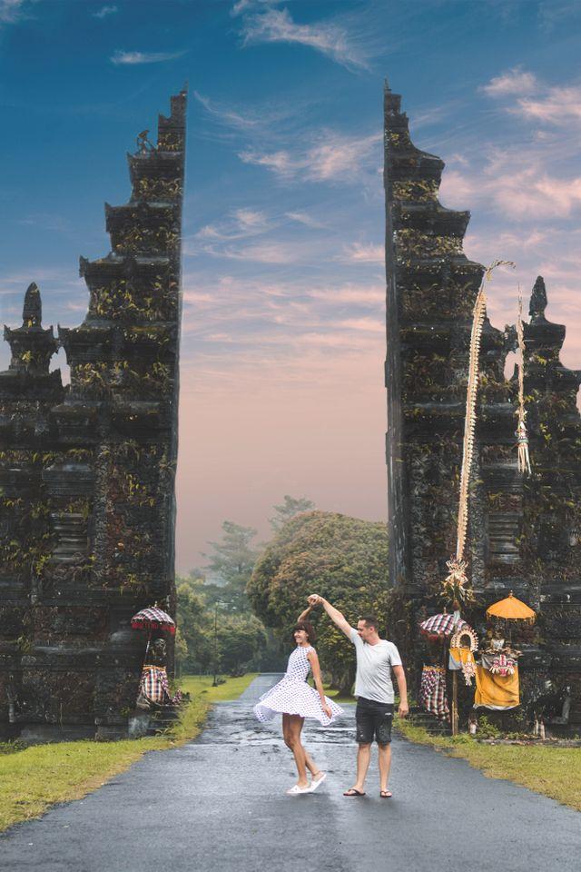 Gerbang Pura Lempuyangan Bali