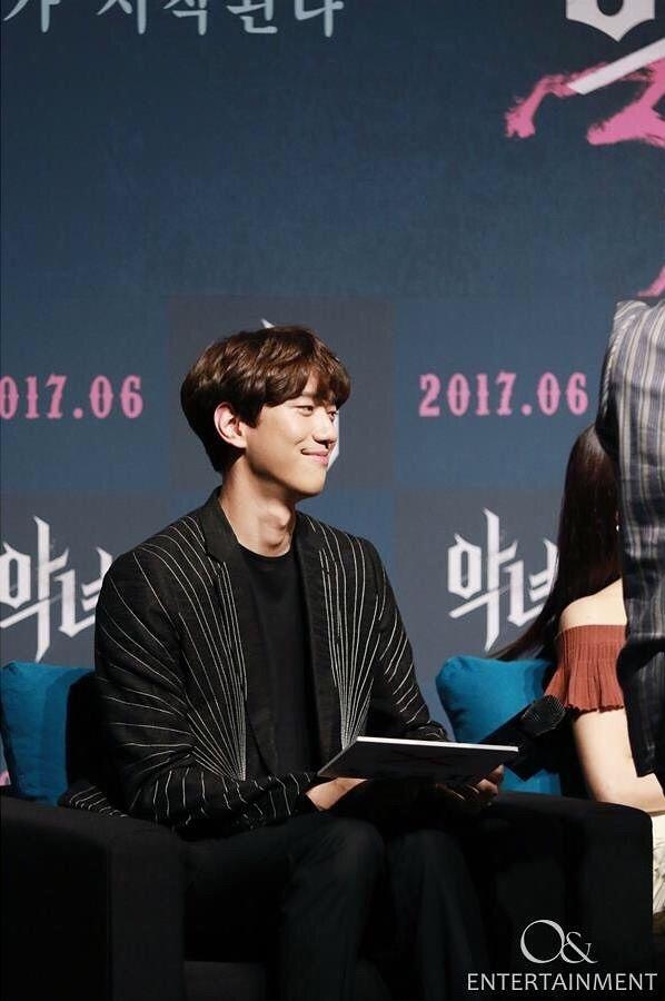 Aktor Sung Joon Mengumumkan Dirinya Sudah Menikah dan Punya Anak (16305)