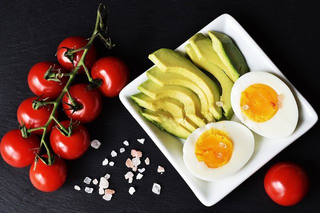 Cara Diet DEBM yang Tengah Populer karena Dipercaya Ampuh Turunkan Berat Badan (95704)