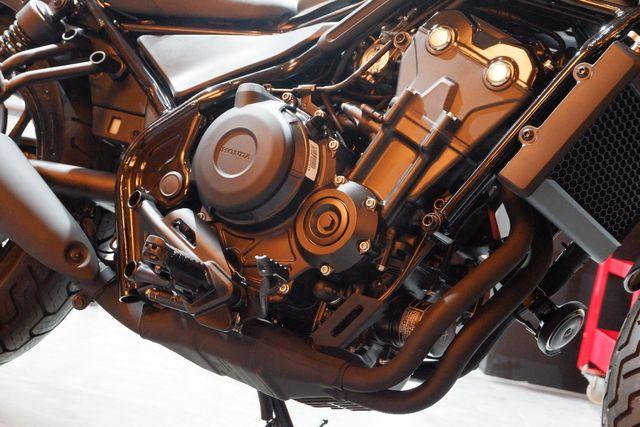 Foto: Duo Marquez Luncurkan Motor Baru Honda di Jakarta (403)