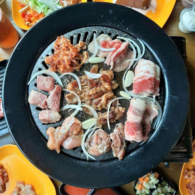 90 Bun: All You Can Eat Karubi dan Saikoro Cuma Rp 99 ribu (6566)